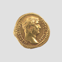 Gold aureus of Hadrian.jpg